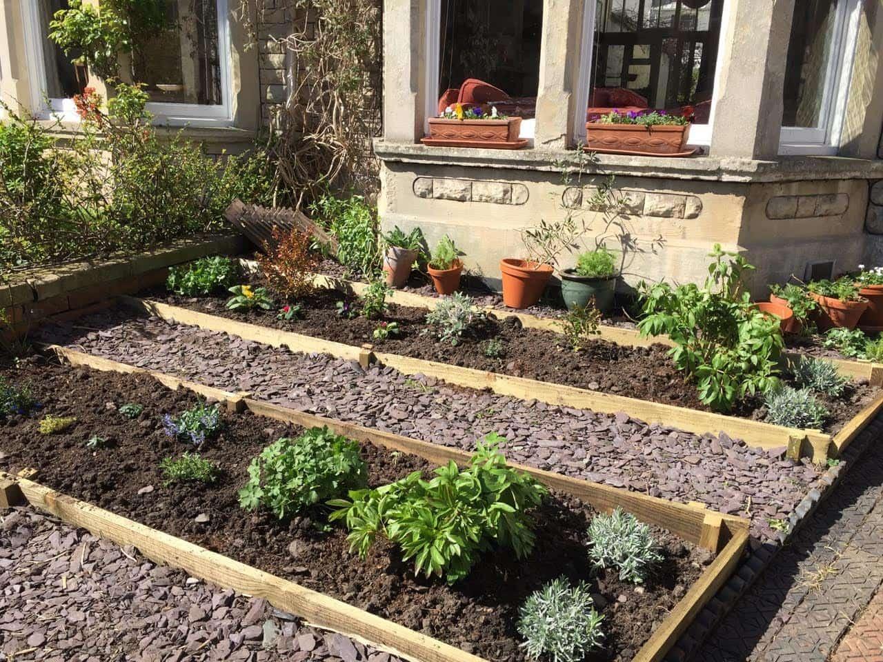 Landscape image of a Bristol garden designed and maintained by Bristol gardener, Bark and Gardens